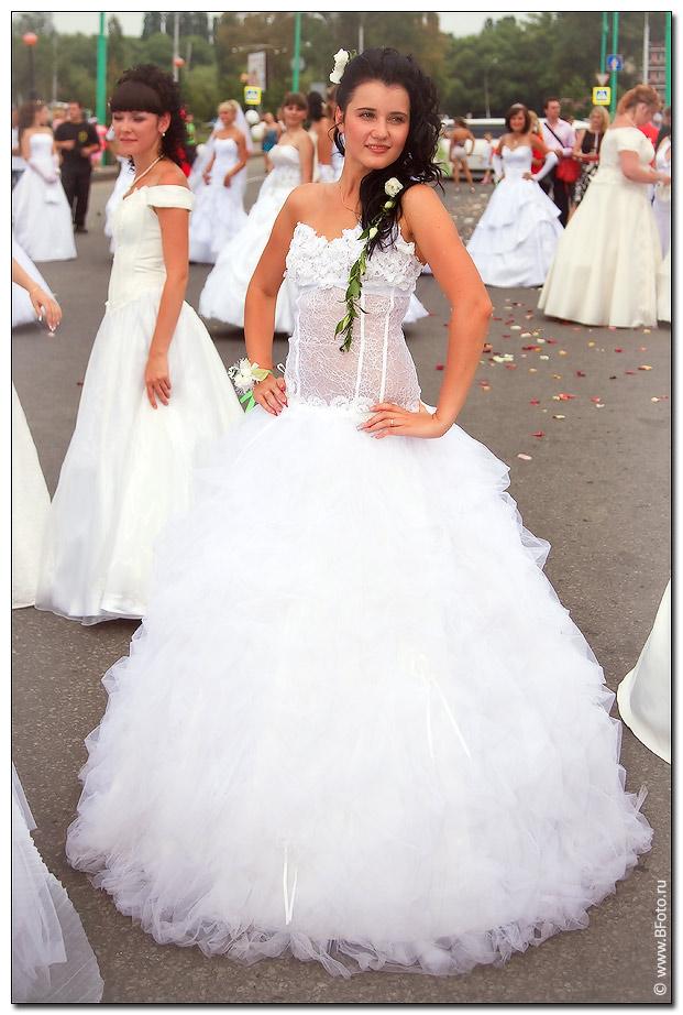 фотографии свадебных платьев красивых, каталог фото высокого качества