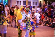 parade dresses 2017 185x123 Парад карет и маскарадных костюмов в Испании