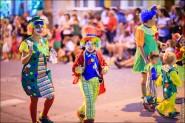 parade dresses 2022 185x123 Парад карет и маскарадных костюмов в Испании