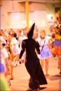 parade dresses 2032 120x180 Парад карет и маскарадных костюмов в Испании