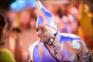 parade dresses 2033 185x123 Парад карет и маскарадных костюмов в Испании