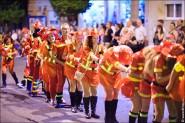 parade dresses 2045 185x123 Парад карет и маскарадных костюмов в Испании