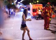 parade dresses 2049 185x132 Парад карет и маскарадных костюмов в Испании