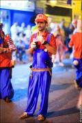 parade dresses 2083 120x180 Парад карет и маскарадных костюмов в Испании