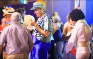 parade dresses 2087 185x117 Парад карет и маскарадных костюмов в Испании