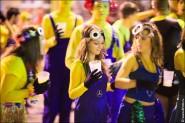 parade dresses 2096 185x123 Парад карет и маскарадных костюмов в Испании
