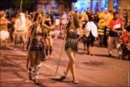 parade dresses 2100 185x123 Парад карет и маскарадных костюмов в Испании