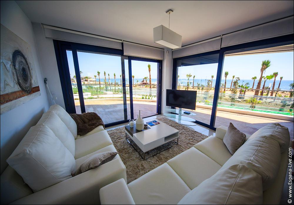 Квартира на берегу испании