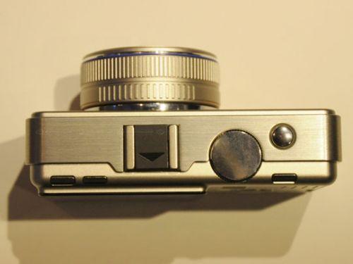 maket budushchey kameri formata micro four thirds ot olympus 5 Макет будущей камеры формата Micro Four Thirds от Olympus