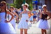 nevesty 2039 165x110 Сбежавшие невесты в Липецке 2012 фото и видео