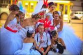 nevesty 2172 165x110 Сбежавшие невесты в Липецке 2012 фото и видео