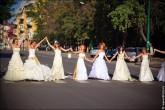 nevesty 2231 165x110 Сбежавшие невесты в Липецке 2012 фото и видео