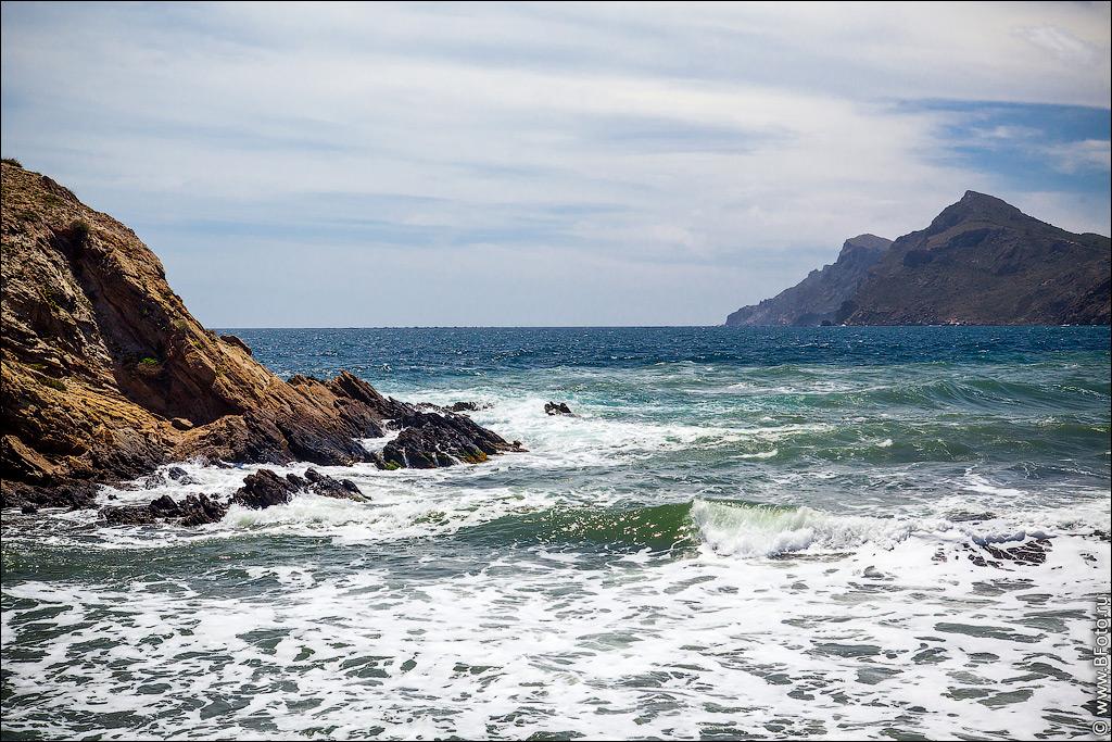 фотошопить начали фото испанских морских берегов данного феномена ученые